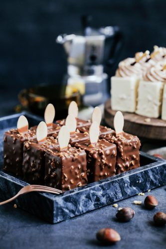 24 Desserts Girls Love The Best Of All Time - 2 Types of Chocolate Crispy Mousse Cake