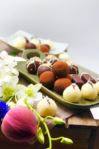24 Desserts Girls Love The Best Of All Time - 4 Flavours Chocolates
