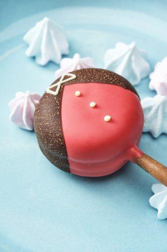 24 Desserts Girls Love The Best Of All Time - Macaron Lollipop