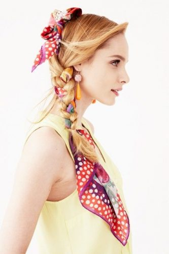 35 Adorable Hairstyles You Can Do With A Scarf